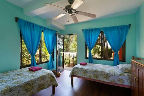 PRIVATE BEDROOM FOR ONE OR TWO WITH SHARED POOL
