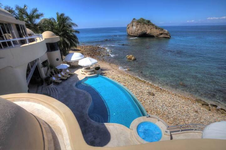 Luxury 6 Bedroom Private Villa - Puerto Vallarta - Villa