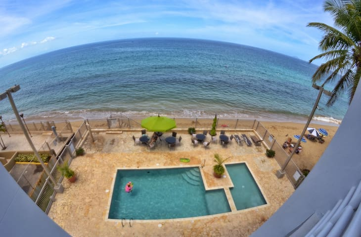 Cozy and Comfortable Oceanfront Apartment Rincon