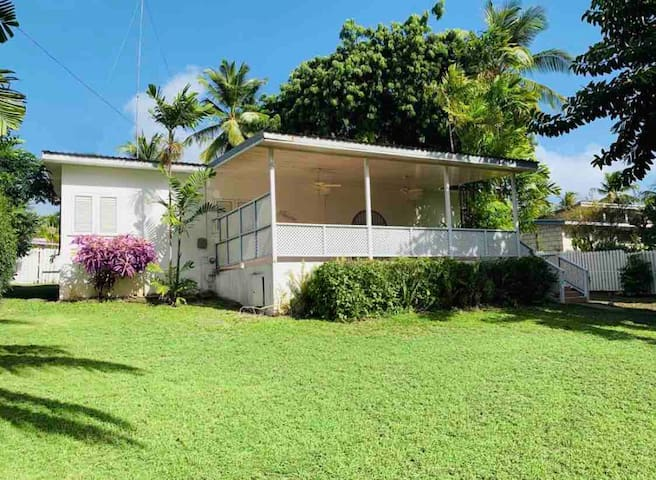 Spacious 3 bedroom villa close to beaches.