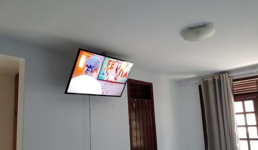 SMART TV de 42 polegadas conectada à internet