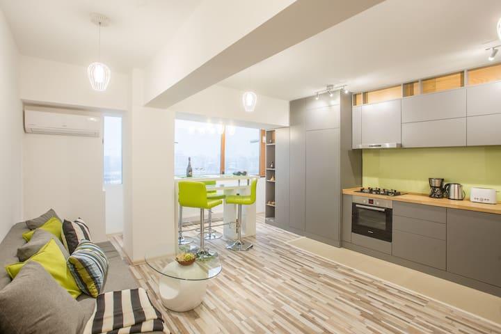 Panoramic by CityLife Suites - București - Apartamento