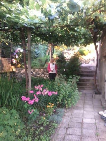 Дом-Колчева - Kalofer - Huis