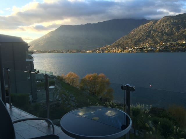 Ensuite, spa & amazing view ! - Queenstown - Flat