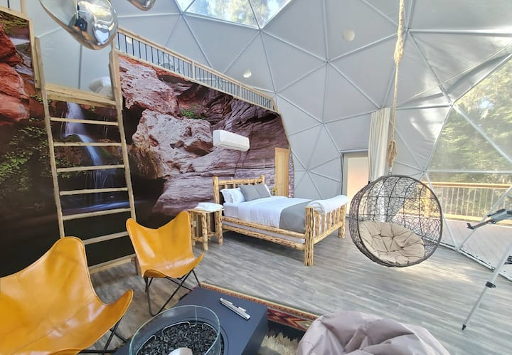 "Family ""Grand Canyon XL"" Luxury Sky Dome"
