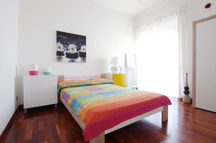 COLORFUL PENTHOUSE in TRASTEVERE - Roma trastevere - Квартира