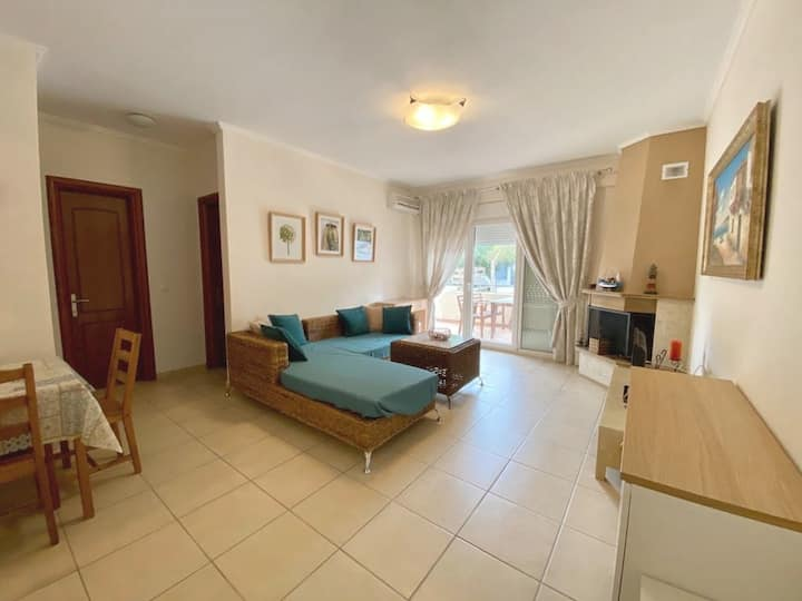 Theia Apartment in Pefkochori