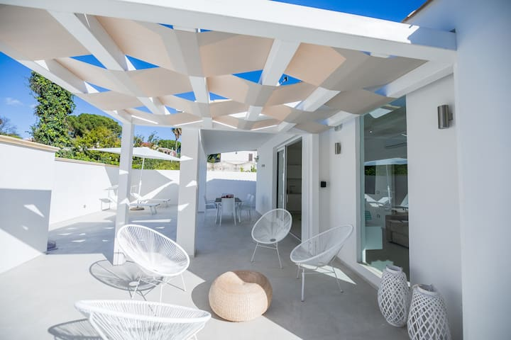 Fontane Bianche Total White Villa