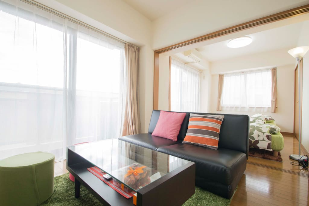 Our bright and spacious living room! Perfect for your stay in Tokyo