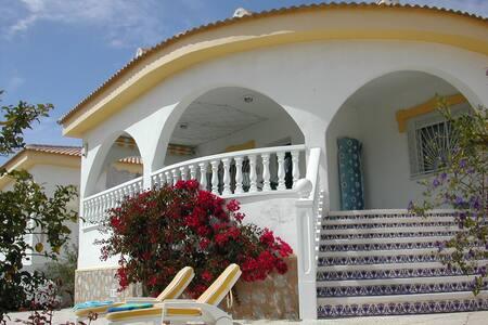 Villa AJ - Costa Blanca - Spain - Urbanización Monteazul