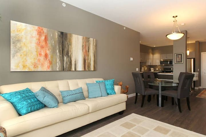 Spruce Meadows /South Health Campus - Calgary - Apartamento