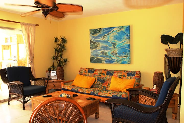 """Villa Juliana"" Escape to Caribbean Paradise - Jolly Harbour - Villa"