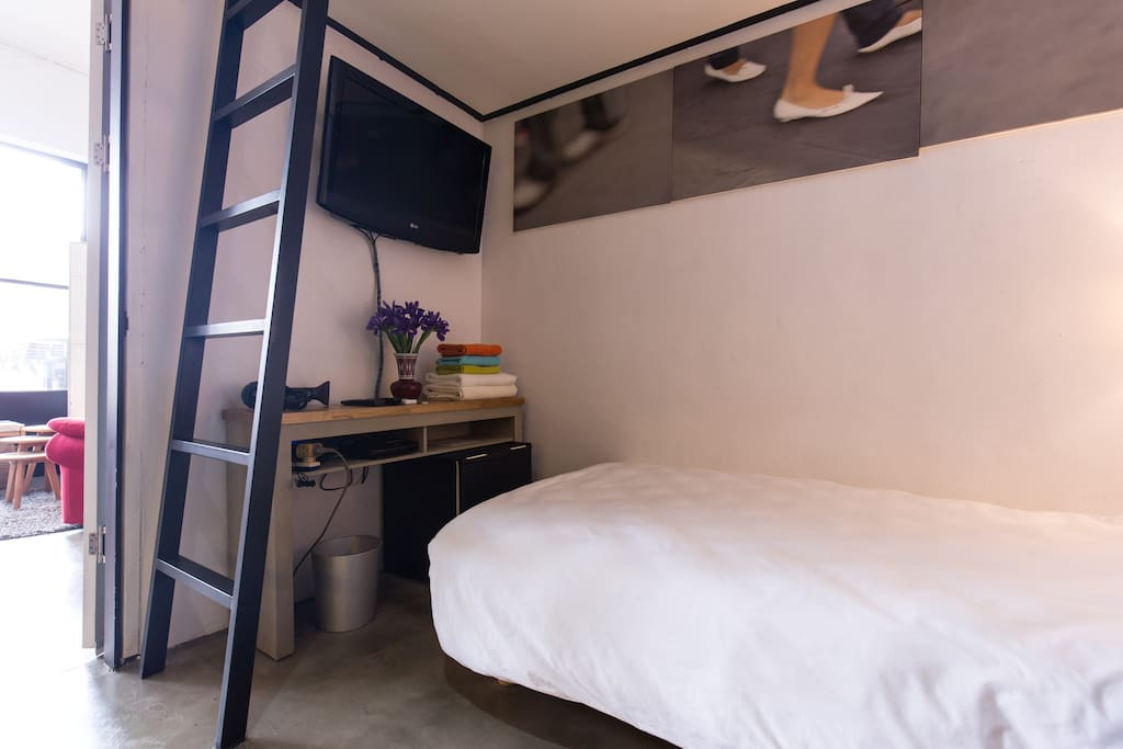 Super single size bed in the room