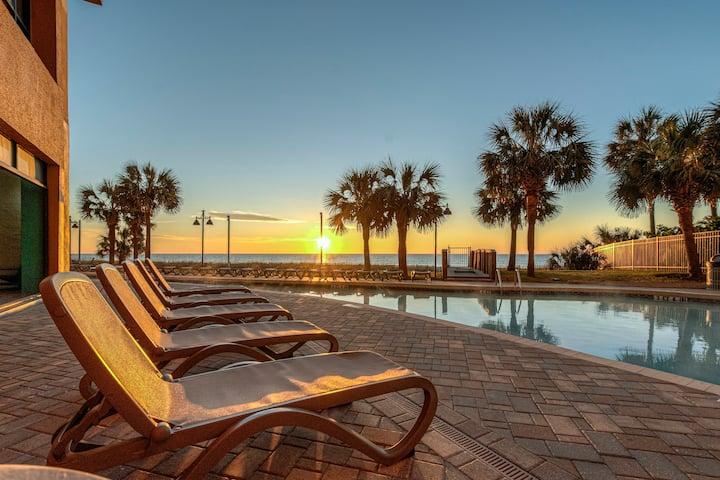 Ocean Front Condo - Patricia Grand Resort