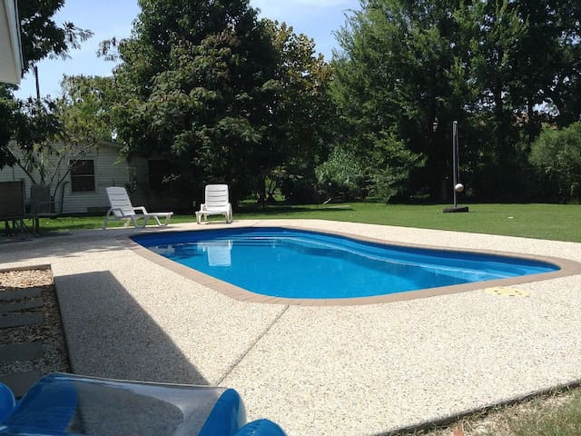 Swimming Pool near Beaches,  Relax Waveland Style - Waveland - House