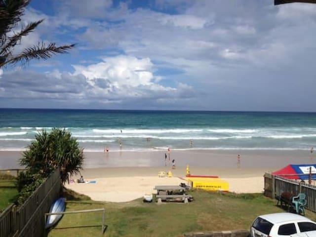 Livin the beach life - Mermaid Beach - Apartmen