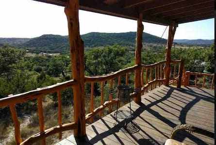 Hill Top Views Country Cabin I Scenic I Bandera