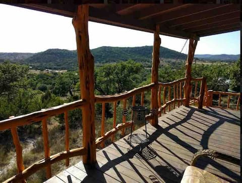 Hill Top Views Country Cabin I Scenic I Bandera
