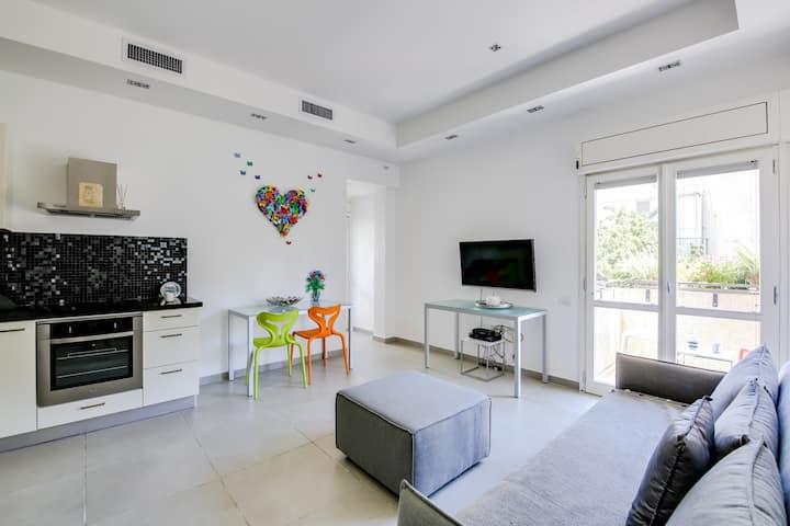 2 Bedrooms (Beautiful) Apartment - 7 - 204 Ben Yehuda Street.