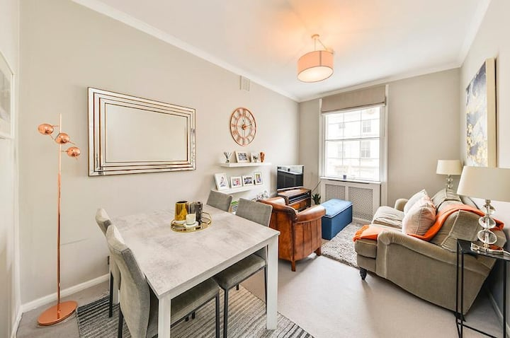 Modern Notting Hill apartment close to Hyde Park