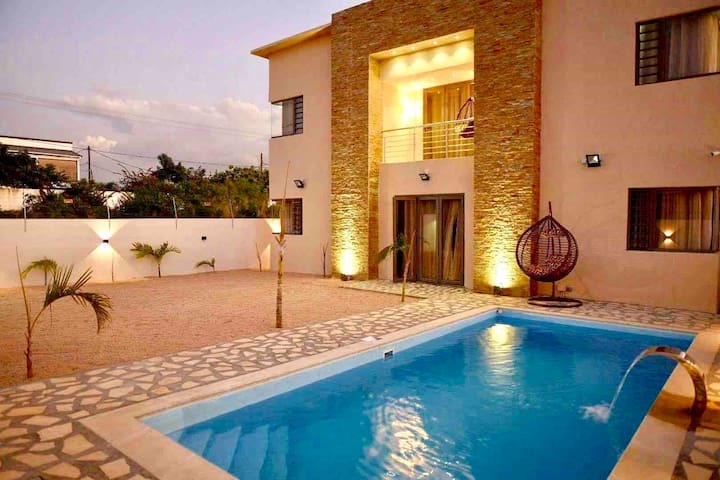NEW> Villa Palmera-5min from beaches & city center