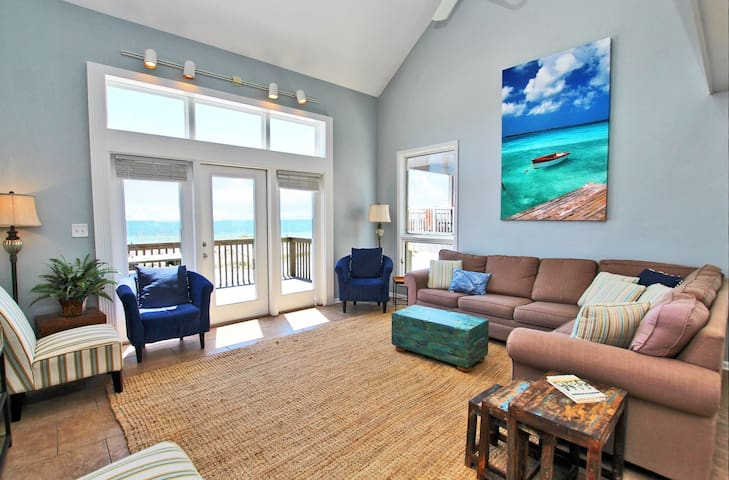 Marilyns Cottage Located Directly on the Beach in the Heart of Gulf Shores!  Updated Decor Makes it Perfect for Friends and Family.