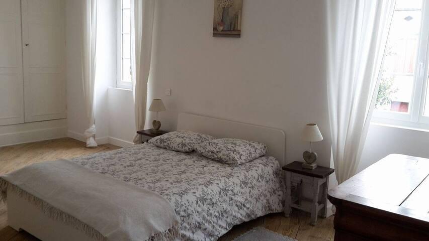 Appartement meublé au cœur de la ville - Casteljaloux - Apartamento