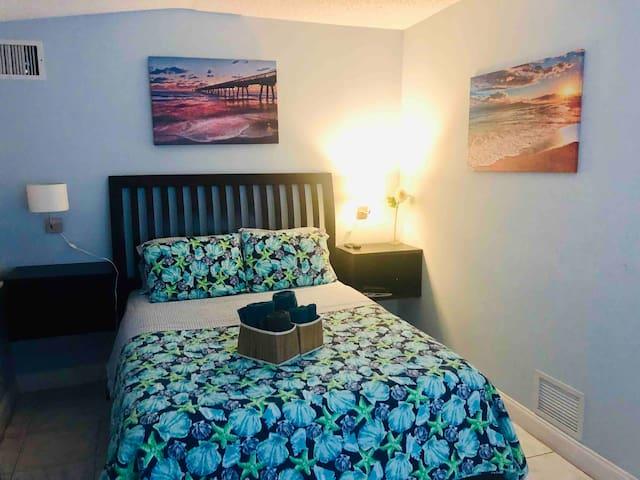 "Your getaway retreat ""The Ft Lauderdale Room"""
