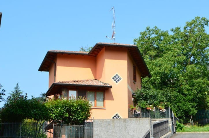 Cдается/ продается - Villongo - House