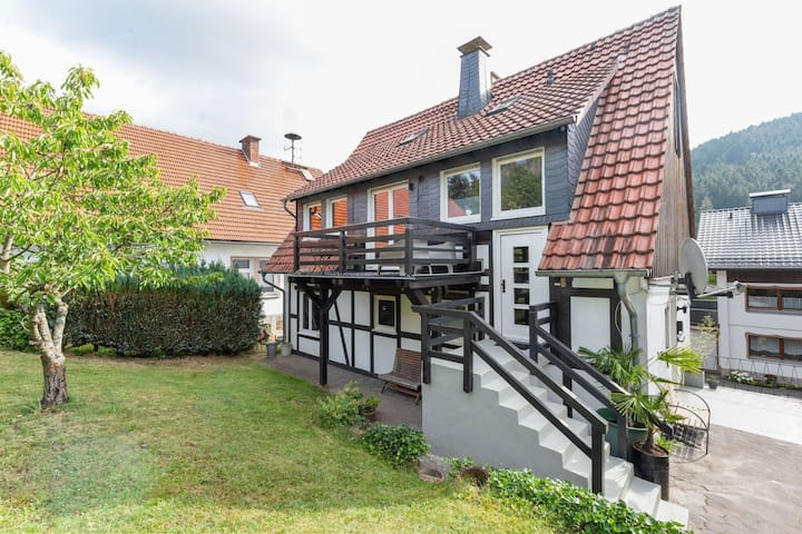 Pleasant Holiday Home in Brilon with Balcony