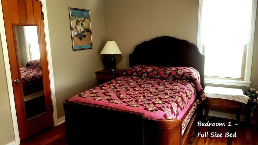 Super comfy mattress with extra padding, large closet and dresser, Smart TV with Roku Streaming TV!