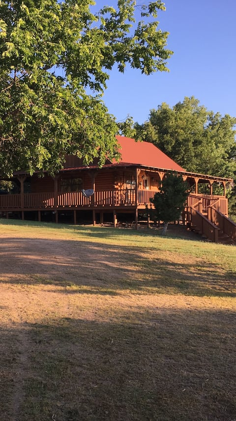 Cabin on Indian Creek. Amarillo Texas