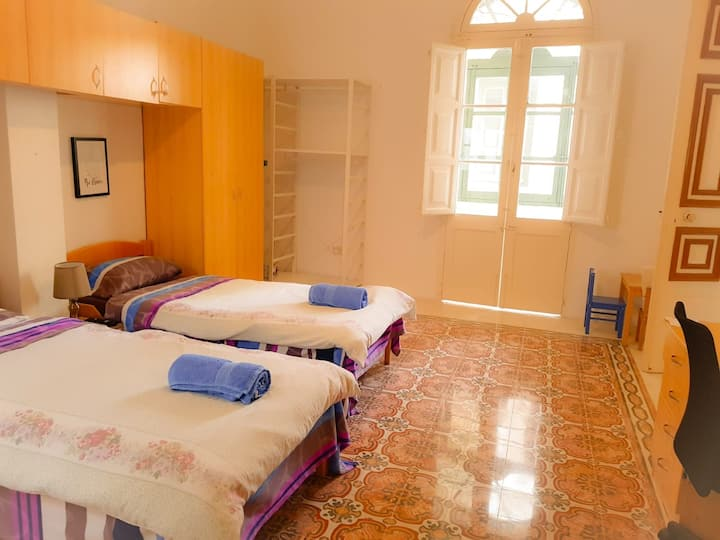 Mosta twin room (2)
