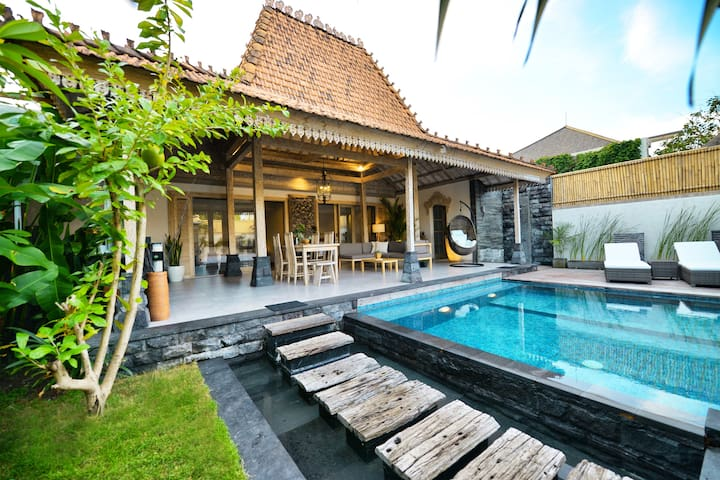 Villa Mei in the heart of Berawa