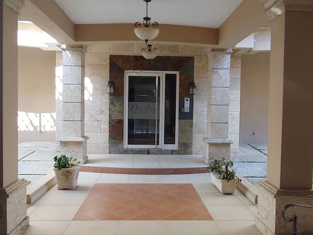 Elegant, Safe, Luxury apartment