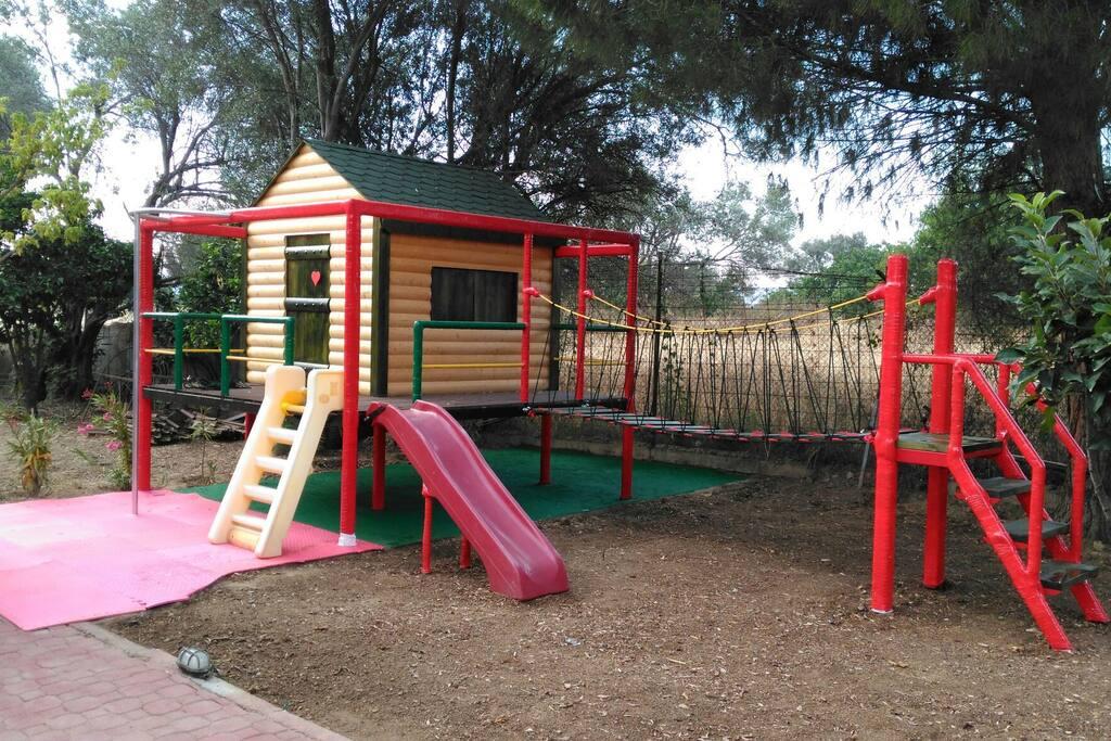 Λιλιπούπολη Kids garden play-house