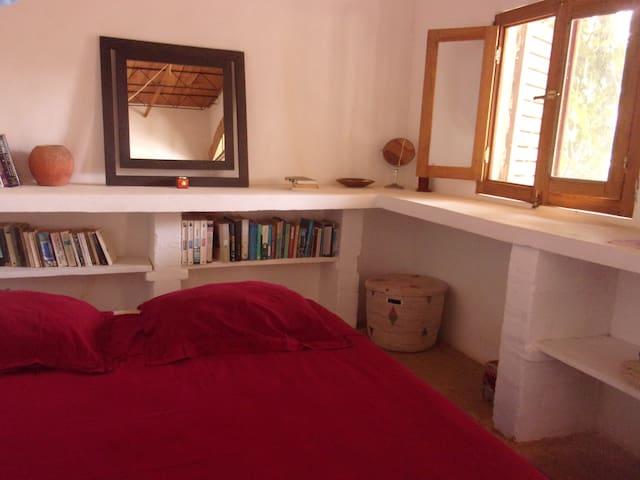 Chambre dans maison écologique La Somone