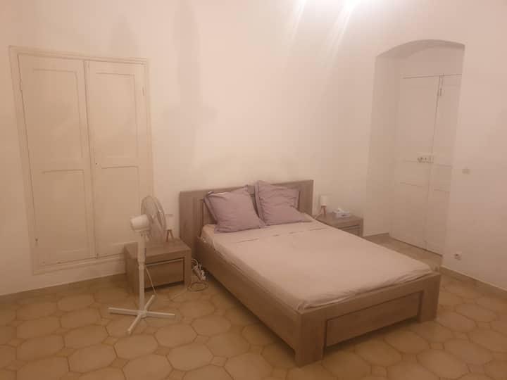 Grande chambre Bastia centre PTI dej offert