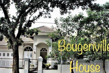 ***Bougenville House BSD City***Nice Landscape