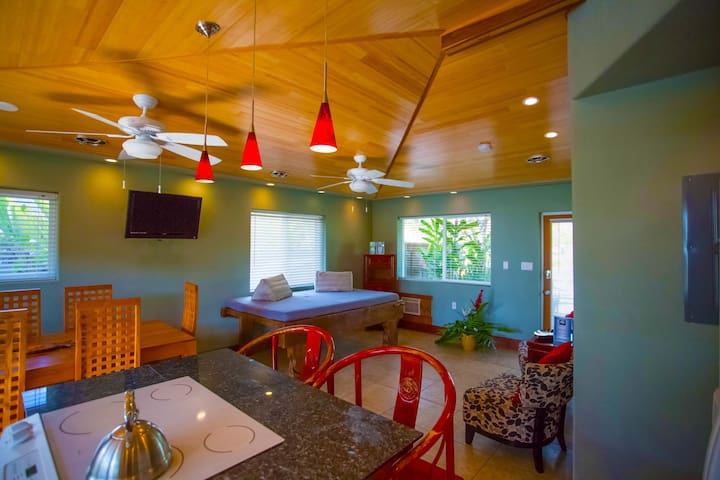OceanView 1bdrm home: BAMBOO 1 at TIki Moon Villas - Laie