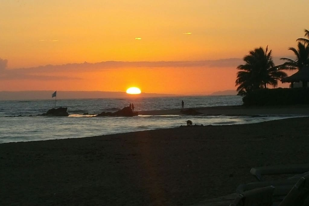 This sunset is right out front buy the sand..!