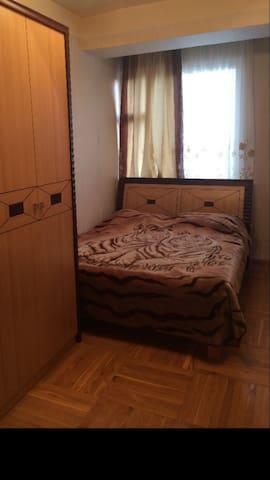 3ком.кв.,комитас - Yerevan - Apartamento