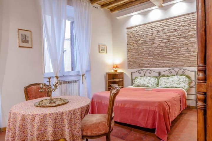 Suite Navona - right in the Hearth of Rome