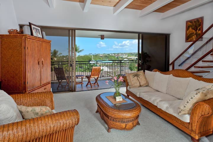 Penthouse Condo in the heart of Kailua Kona