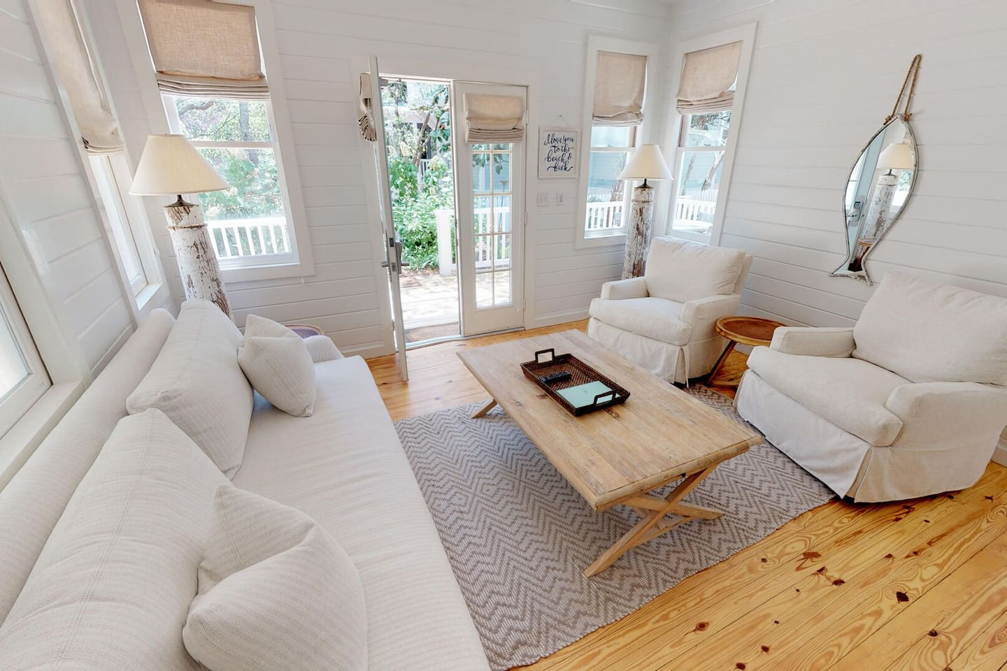 Living Space welcoming you to 'Sea Shack'