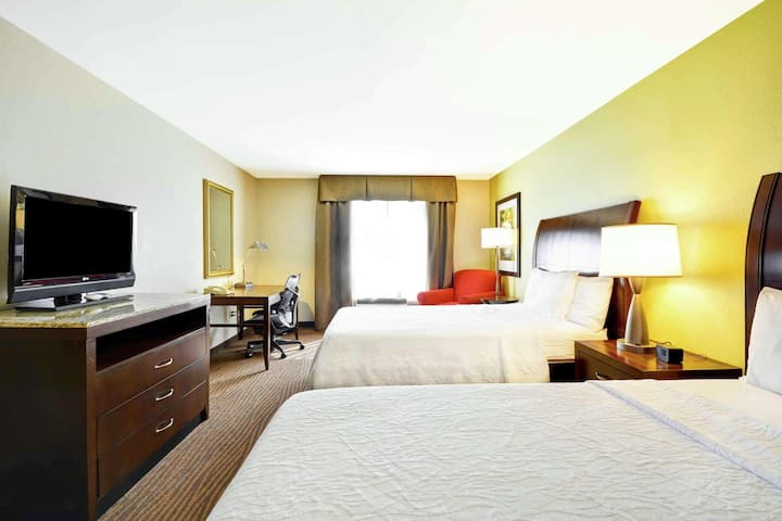 Awesome Double Two Double Beds At Fort Myers