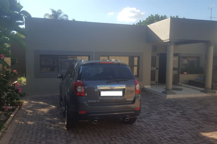 Fall in love with all that SA has to offer... - Randburg - Rumah
