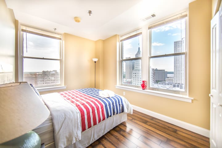 ❤️Business Traveler Friendly in Core Downtown ❤️