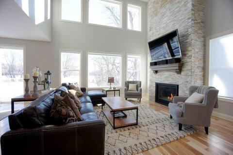 5 Bedroom Family Home For Luxury Retreat