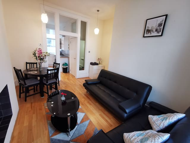 Cosy flat, 10 min to Central London,up to 4 people